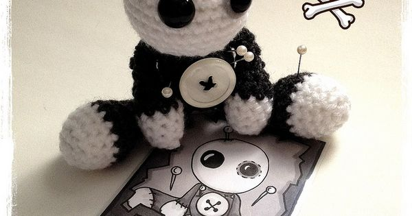 Amigurumi Voodoo Doll : Introducing Amigurumi Voodoo Doll - SkeleTom by ...