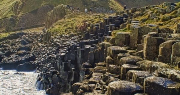 Giant's Causeway (Clochán an Aifir or Clochán na bhFomhórach in Irish) on