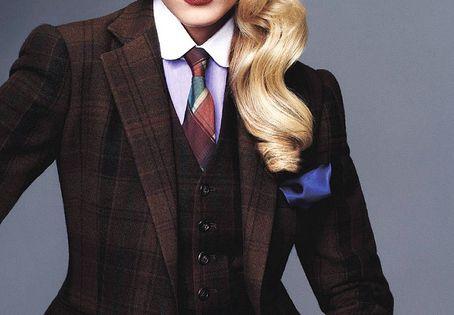 Tie for women - Maryna Linchuk