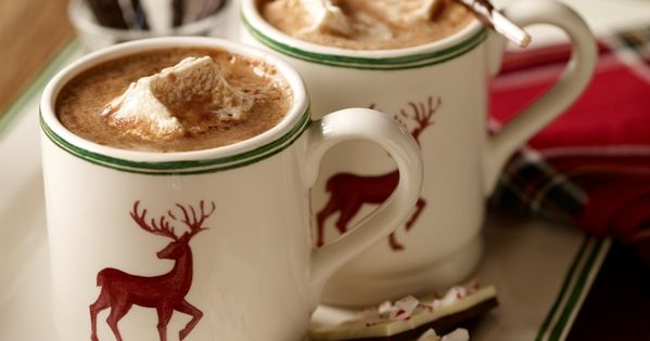 Oh gimme gimme! Hot chocolate? Handmade marshmallows? And peppermint bark?! That's what