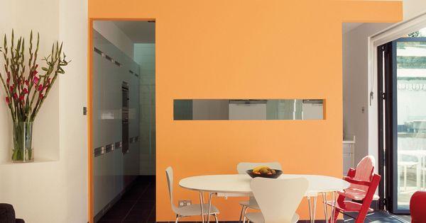 Zo verklein je de kamer gebruik wame donkere glanzende kleuren om een kamer kleiner te - Warme kleuren kamer ...