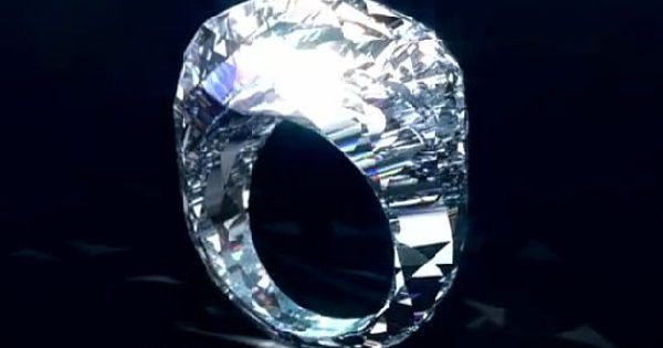 Swiss jewelry company, Shawish Jewelry has created the first all-diamond engagement ring.