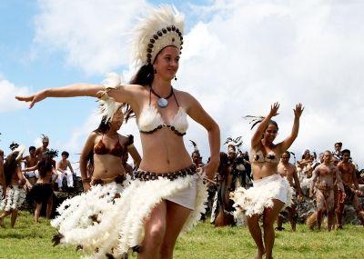 RapaNui - Buscar con Google | Isla de pascua, Rapados, Danza polinesia