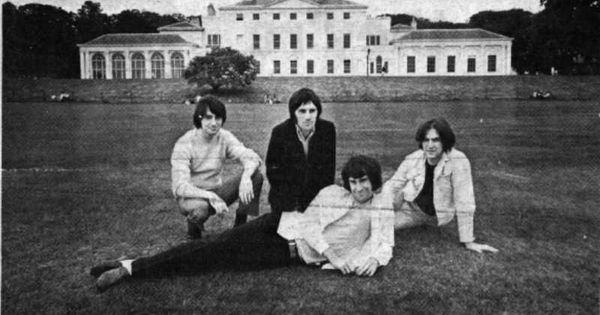 The Kinks Starstruck