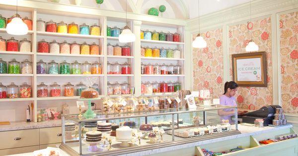 Love The Wallpaper!! Displaying Sprinkles In Jars, Cupcake