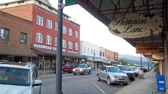Here Are The 10 Coolest Small Towns In North Carolina You