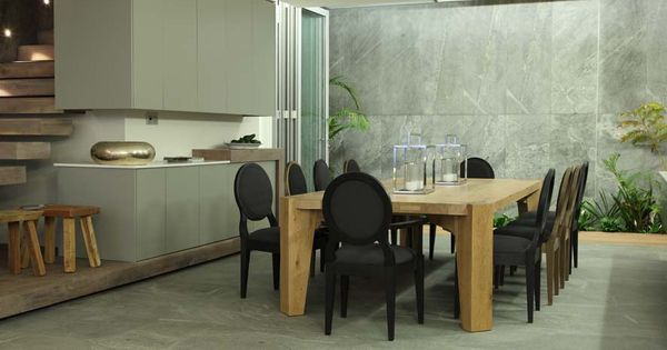 Pierre cronje quattro dining table sandton chairs and for Kitchen tables cape town