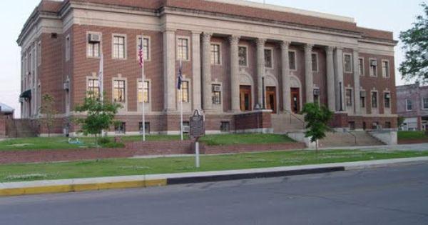 Avoyelles Parish Courthouse Marksville La With Images Avoyelles Parish Courthouse Parish