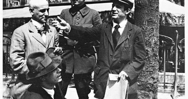 Man Ray Modigliani: Jean Cocteau- Max Jacob Entouré De Manuel Ortiz De Zarate