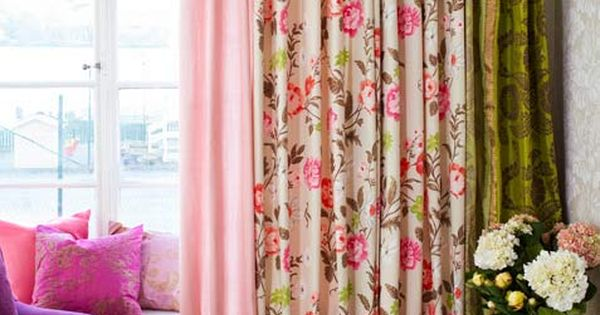 LIVING ROOM: Window Treatments: Flower Power For a lush window treatment, mix