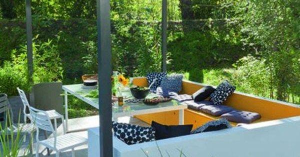 Banquette Maconnee Pergola Pour La Terrasse Cote Barbecue Afin D Y Creer Un Cocon Terrasse Jardin Amenagement Jardin Tonnelle Jardin