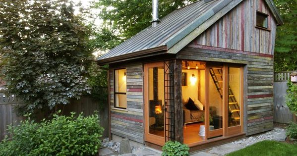 someone else is finding tiny houses today! The Backyard House by Rise