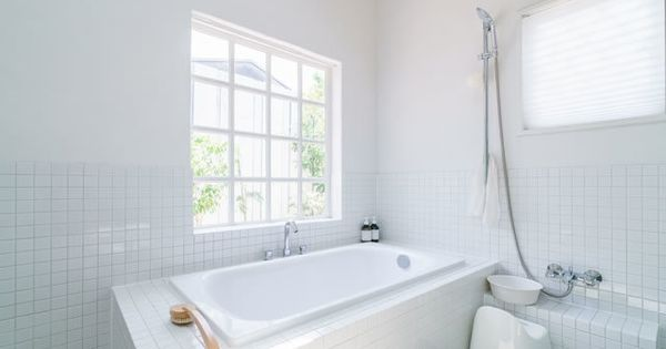 カビだらけのお風呂がピカピカに 正しい取り方とおすすめ洗剤を紹介