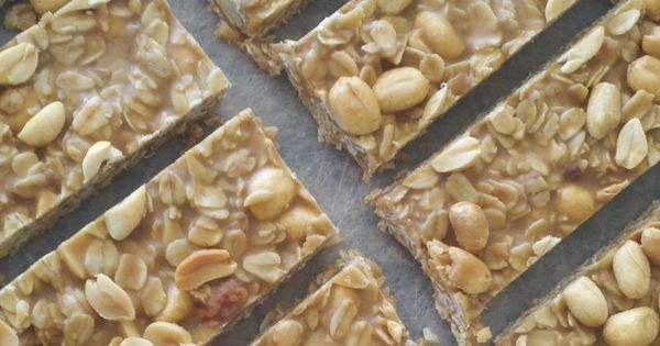 Easy, Healthy Snacks- homemade peanut butter granola bars!!