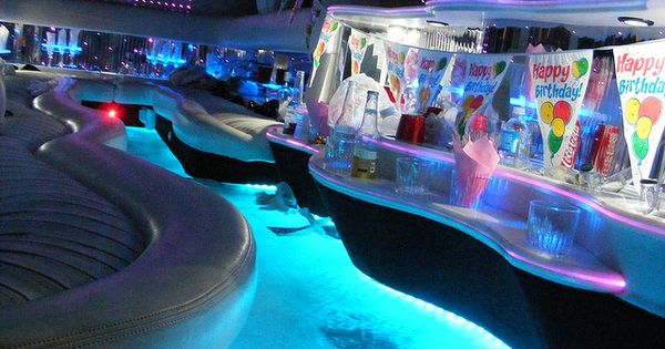 hummer limo with pool limos with pools inside limos with pools inside cool cars pinterest. Black Bedroom Furniture Sets. Home Design Ideas