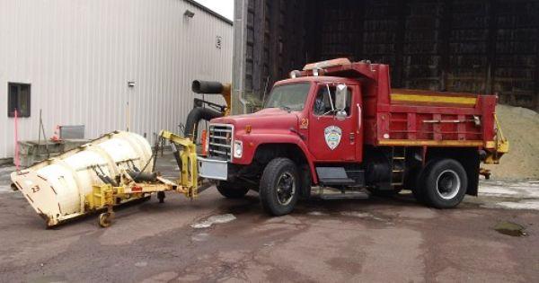 1989 Internatioal Dump Truck W Plow Salt Spreader Listing