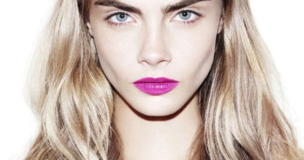 bold pink lips + hair color // cara delevingne