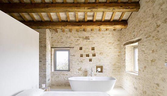 Rehabilitaci n casa rural dormitorio con pared de pladur - Diseno casas rurales ...