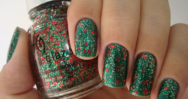 9-Which Christmas nail design do you prefer? - Beauty For All -