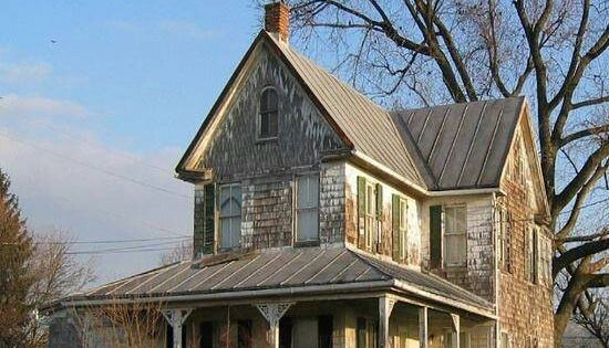 Old Farm House -I'd love this old house to fix it up
