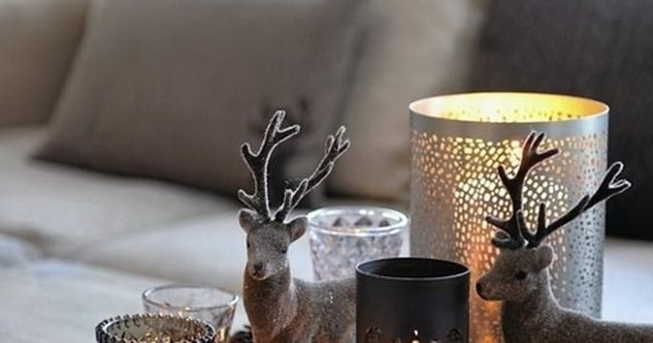 Winter decoration coffee table