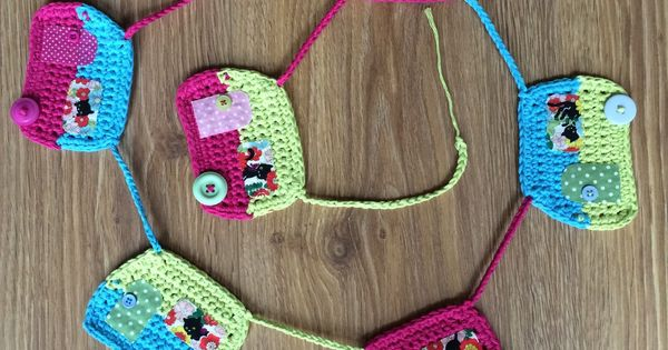 Caravan Knitting Pattern : Crochet Caravan Bunting - Crochet Bunting...ooooohhhhh - Haken Slingers/vlagg...