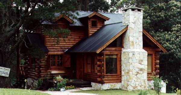 La Construccion De Cabanas De Madera Especialmente La Construccion En Troncos Macizos Es Nuestra Esp Casas De Troncos Construccion De Cabanas Cabanas Rusticas