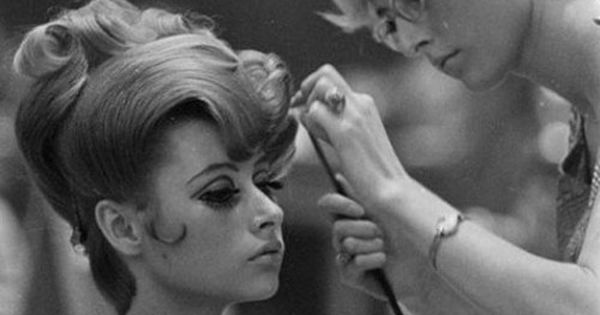 Vintage Beauty / Hair salon, 1960's - will have classy hair styles