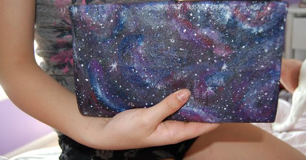 Gloriously Chic: DIY Galaxy - The best galaxy painting tutorial!