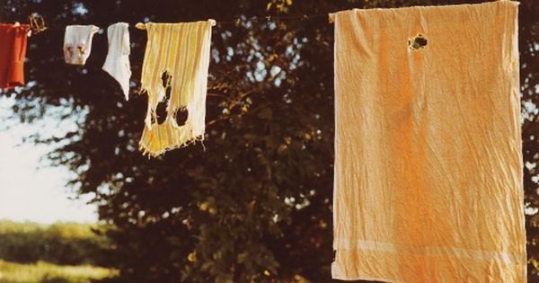 William Eggleston Untitled Laundry Line 1970s Chromogenic Print 25 8 X 38 Cm William Eggleston Color Photography Art Photography