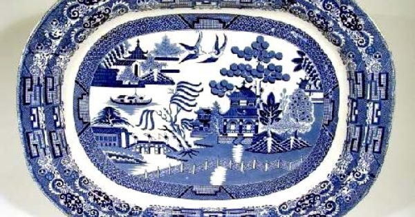 Blue Willow Pattern Dishes This Pattern Has Been In Continual Production By Different Companies F Blue Willow Dishes Blue Willow China Blue And White China