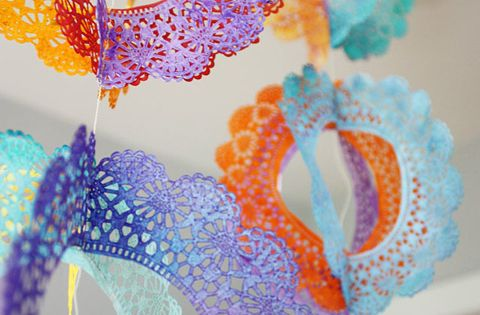 DIY Lace Party Decorations - this site has tons of great party
