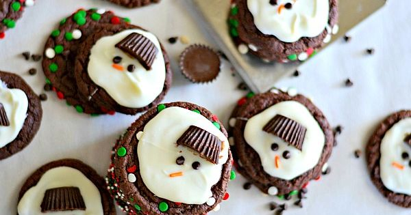 Melting Snowmen Cookies - not sure I would add the mint extract