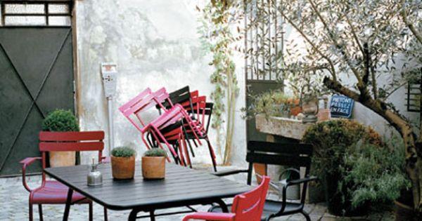 Mobilier de jardin fermob pour la terrasse id es jardin for Mobilier jardin terrasse