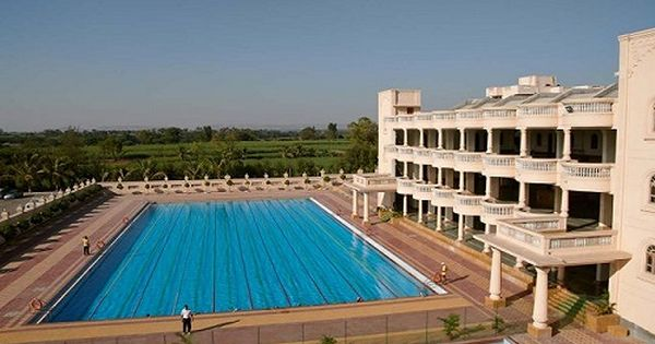 Mit Gurukul Best Boarding Schools In Pune Best Boarding Schools Boarding School Outdoor Decor