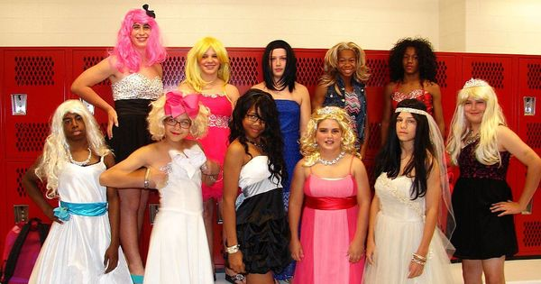 2015 Boys In Womanless Beauty Pageants - newhairstylesformen2014.com