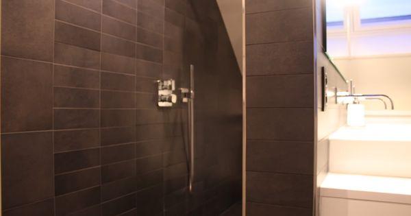 Douche onder schuin dak google zoeken badkamer pinterest - Douche onder de dakrand ...