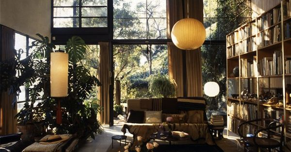 the charles and ray eames house in santa monica. Black Bedroom Furniture Sets. Home Design Ideas