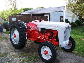 Allis Chalmers A Tractors Vintage Tractors 8n Ford Tractor