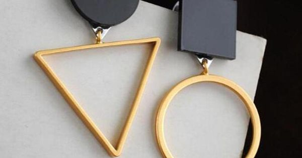 Europe and the United States trends creative triangle geometric Earrings round