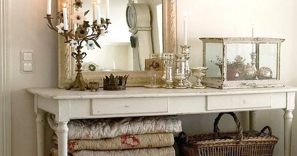 All dressed in white dream house pinterest espejo for Espejos como decorarlos