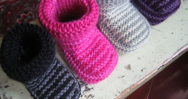 Free pattern for knitting baby boots. June_-_striped_boot_pattern_photos_042_small2