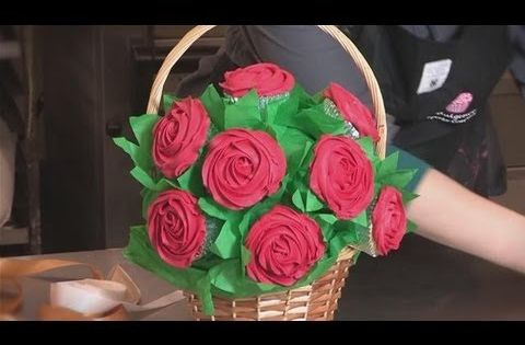 How To Make Flower Basket Cupcakes : How to make cupcake bouquets or just one bouquet cool