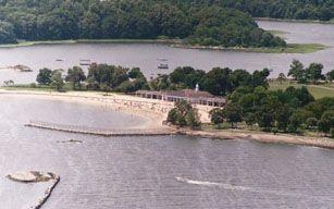 The Beach At Glen Island Park In New Rochelle Ny Island Park Park Island
