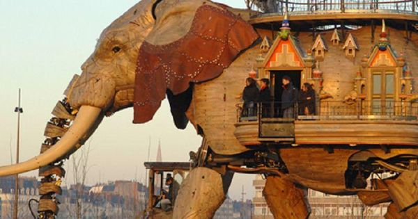 Amazing Things in the World's photo: The Great Artificial Elephant, This is