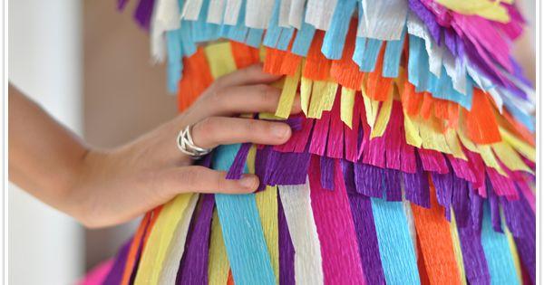 DIY pinata costume. I would totally be a pinata for halloween..
