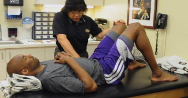 Kobe Bryant Names His Physical Therapist His Secret Weapon Doctor Of Physical Therapy Physical Therapy Exercises Physical Therapy