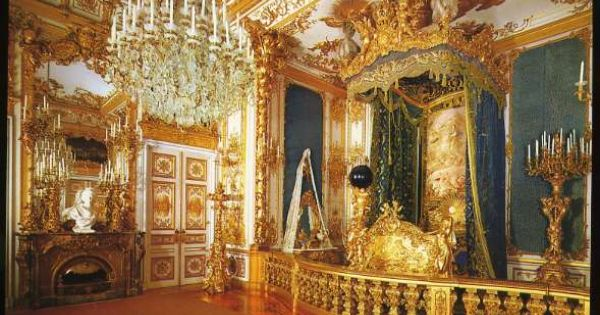 Pin de ikukochka en palaces pinterest louis xiv - Dormitorio barroco ...