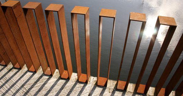 Raw steel fence - Quirijn Park by Karres en Brands