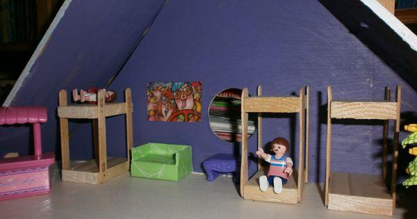 Chambre des enfants dans maison playmobil fait maison lit - Comment fabriquer un lit superpose ...